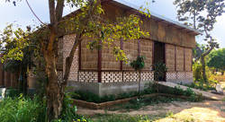 Ecole de permaculture éco-responsable au Cambodge / Environmentally responsible permaculture training space in Cambodia (2018) 1/4 - Amandine Pradon-architecte
