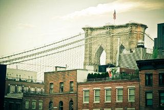 The Brooklyn bridge by day