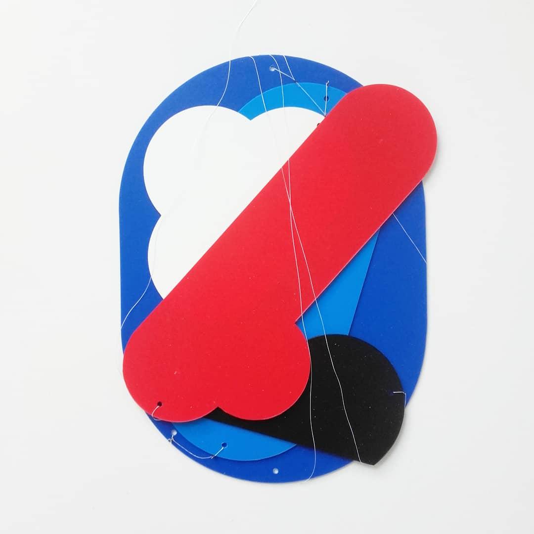 """""""Lisboa mobile"""" - Bleu noir Blanc Rouge - une creation d'Olivier ROCHEAU"""