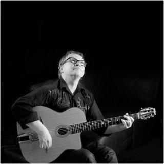 François- guitare manouche