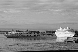 paquebot et bateaux
